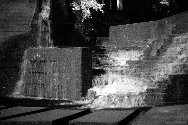 lovejoy fountain, infrared
