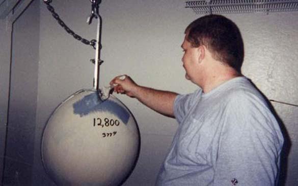 Μπάλα από μπογιά (7)