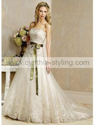 Lace wedding dress with olive green sash! so cute!!! :D