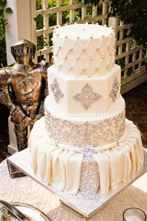 Best Wedding Cakes of 2014   Belle The Magazine