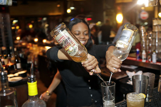 Margaritas by the pitcher! House, Senate vote to loosen Virginia liquor rules
