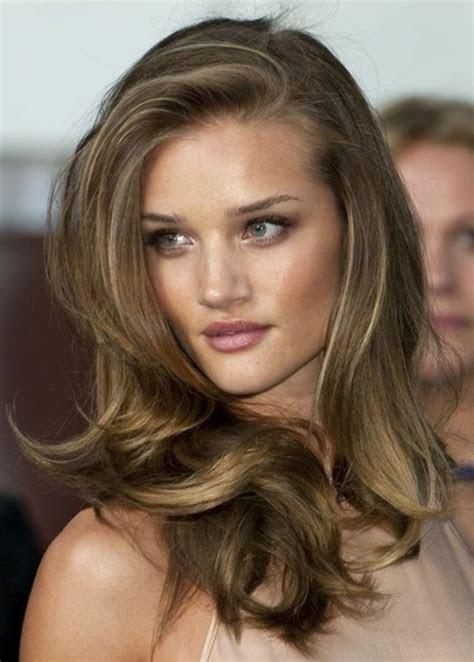 idees pour coiffures avec couleur de cheveux marron clair