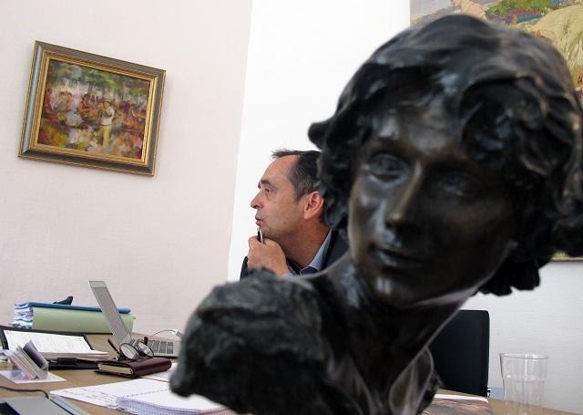 Robert Ménard, fundador y expresidente de Reporteros Sin Fronteras (RSF), hoy alcalde de una pequeña ciudad francesa por el Frente Nacional. Foto Andreina Mujica.