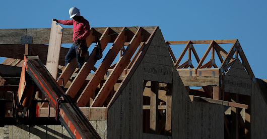 Home builder sentiment bounces back, but buyers tell another story