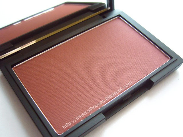 sleek fenberry blush berry collection