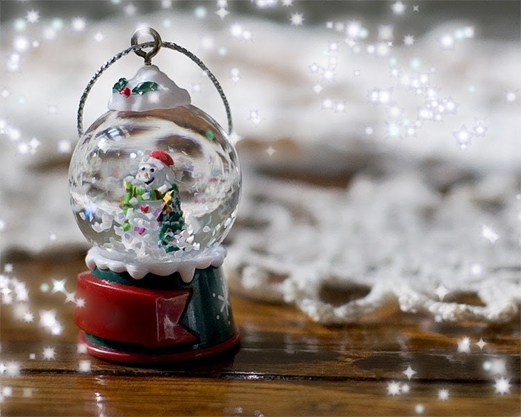 25% OFF - Christmas holiday card snowglobe snowman snow greeting, Set of Four - Christmas Magic