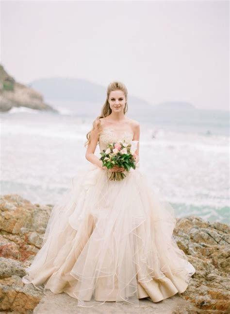 Beach wedding dresses ideas 1   Fab Mood   Wedding Colours
