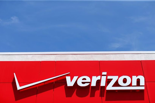 Verizon close to Yahoo deal, price cut of $250-350 million: sources