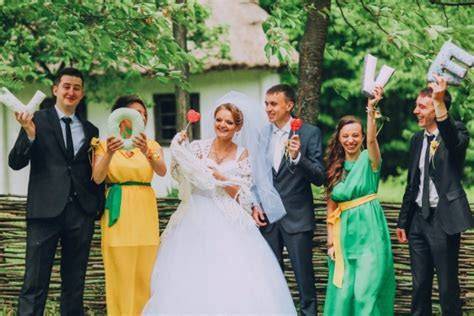Man of Honor or Best Woman: Wedding Party Members of the