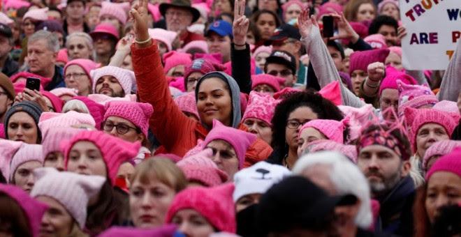 Las mujeres se movilizan tras el triunfo de Donald Trump / Reuters