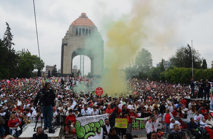 Alejandra Barrios realizó su cierre de campaña en la explana del Monumento a la Revolución. Foto: Cuartoscuro
