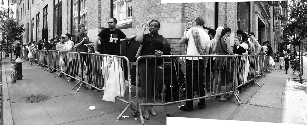 Line outside the Apple Store, Soho, NYC