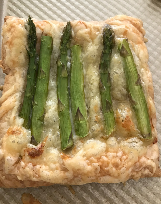 Individual Swiss and Asparagus Tarts #BrunchWeek • Family Around the Table