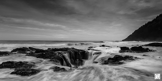 Photo taken with ILCE-7R Zeiss 16-35mm F4 - Oregon - Black and White - YouPic