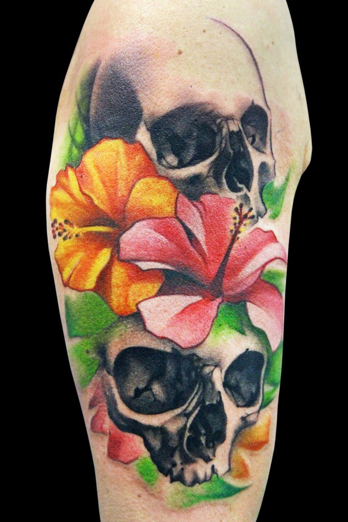 Flowers And Skull Tattoo By Maximo Lutz Design Of Tattoosdesign Of