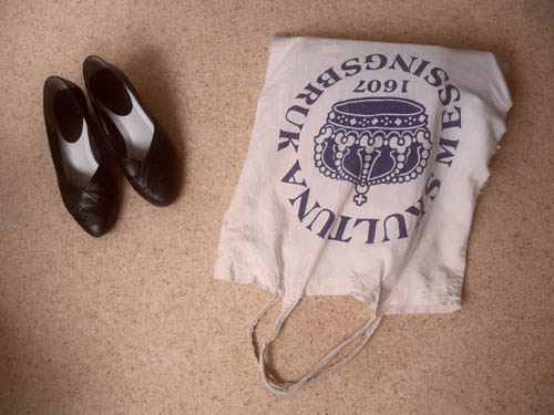 tote bag and shoes