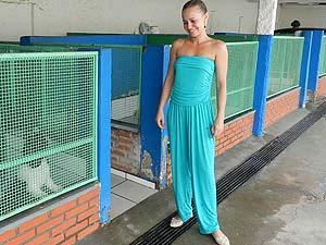 Marina oferece hospedagem para gatos em Uberlândia (Foto: Hismênia Keller/G1)