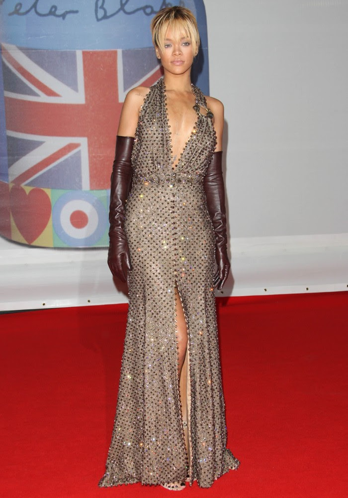 Download image Rihanna Brit Awards 2012 PC, Android, iPhone and iPad