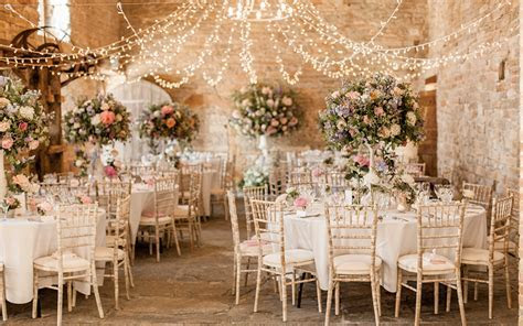 Rustic Romance Style Wedding Venues   UK Wedding Venues