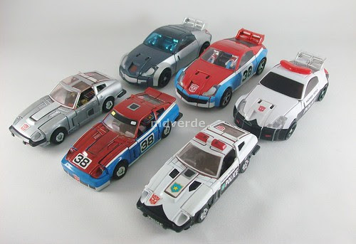 Transformers Smokescreen Classics Henkei vs Silverstreak vs Prowl vs G1 - modo alterno