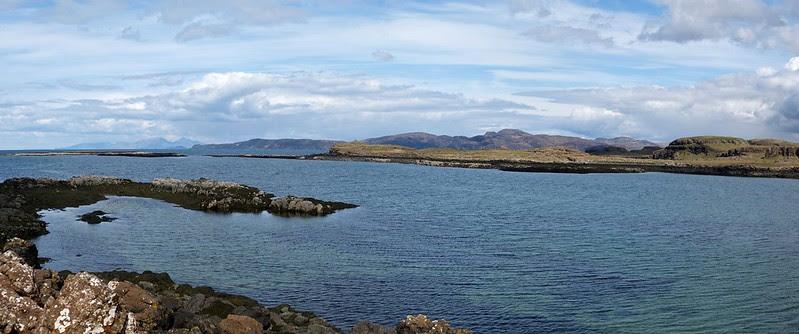 27025 - Loch Mingary, Isle of Mull