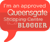 photo QUE609_Blogger_Badge_zpse6gq6dfz.png