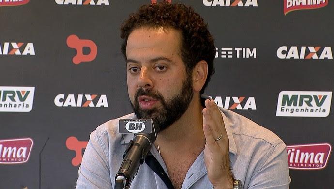 Daniel Nepomuceno confirmou Diogo Giacomini como treinador do Galo até o fim do ano (Foto: Reprodução/ TV Globo Minas)
