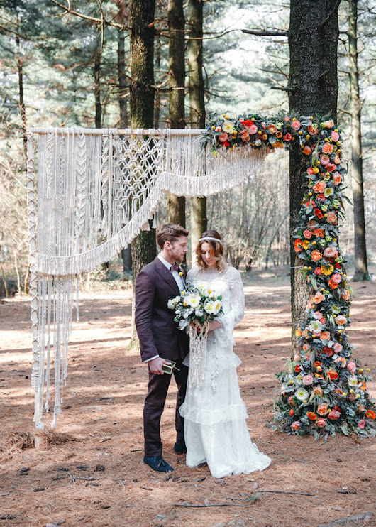 Whimsical floral woodland wedding | Macrame wedding | 100 Layer Cake