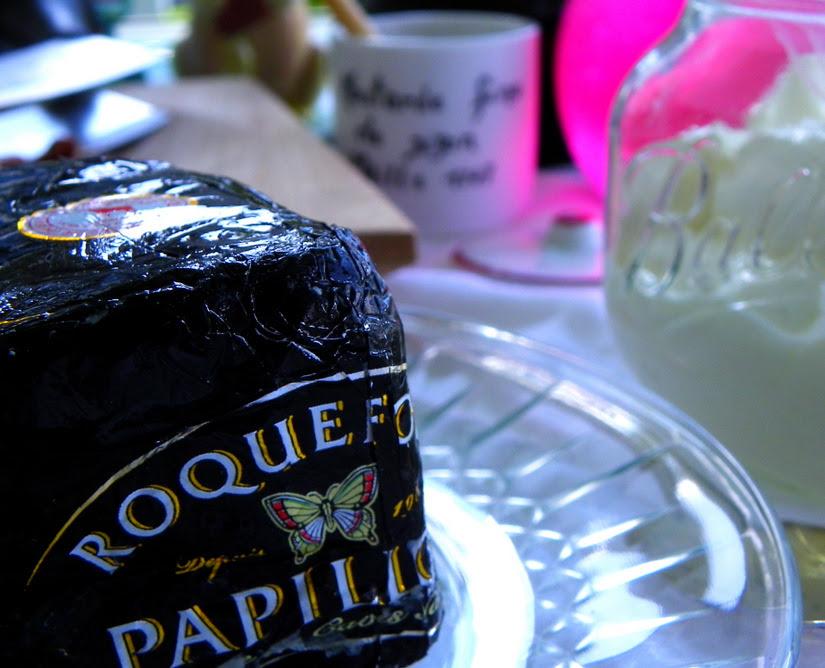 Roquefort (Blue Cheese) Dressing