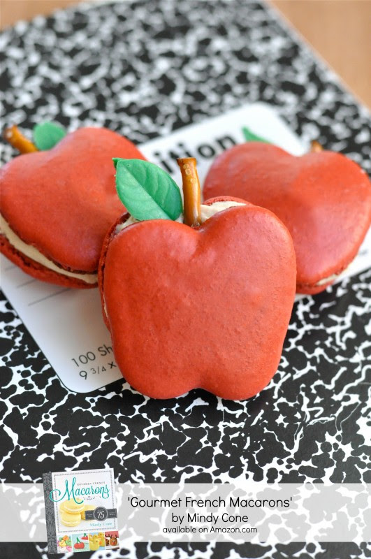 Apple Macarons - via BirdsParty.com