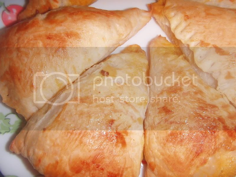 Riezanie's Recipe Collections: PRATHA CURRY PUFF