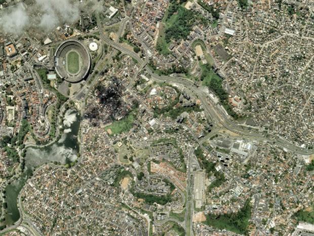 Arena Fonte Nova, em Salvador, em foto feita em 26 de setembro de 2001 (Foto: Base Aerofotogrametria)