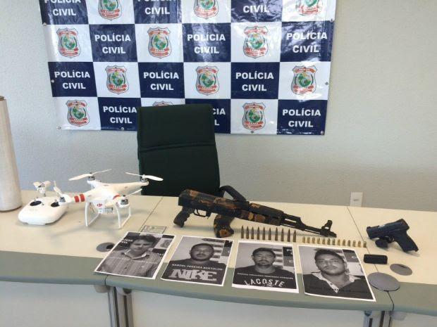 Armas e drone foram apreendidos pela Polícia Civil do Ceará (Foto: Divulgação)