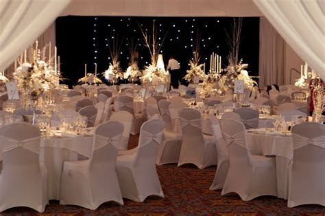 Add a little Sparkle   Wedding Venue Stylists    Room