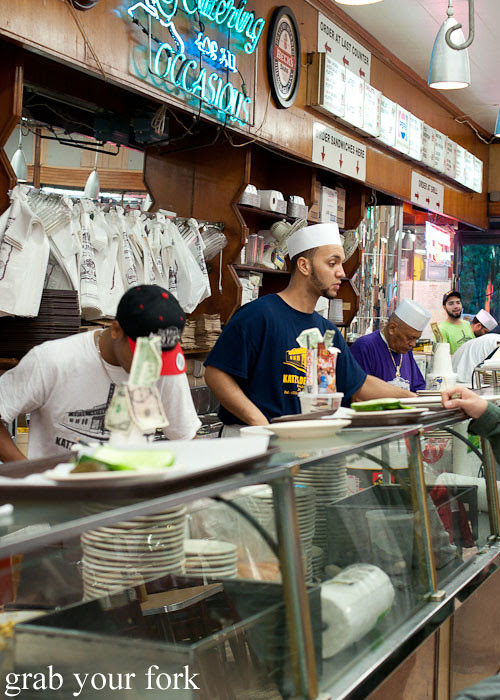deli servers at katz's deli nyc new york usa jewish food lower east side les
