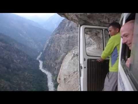 Viaje en autobús en el Himalaya