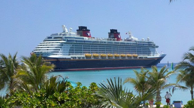 Going On a Cruise? These Are the Must-Haves That You Should Never Leave At Home