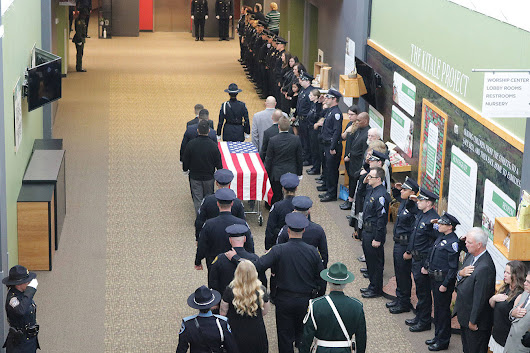Kirkland police pay last respects to Sgt. Nathan Rich | Kirkland Reporter