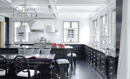 20 Black And White Kitchens You Can't Help But Stare At