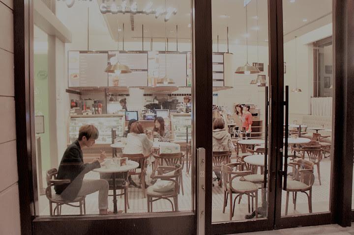typicalben Agnès B cafe