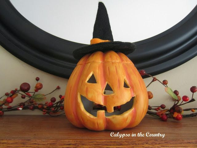 Calypso In The Country: Simple Black and Orange Mantel
