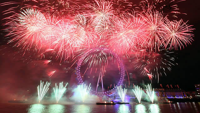 Londonfireworks2014.jpg