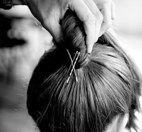 Você está amarrando o seu cabelo errado a vida inteira