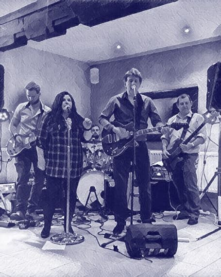 Devils Mojo   5 piece band performing at pubs, clubs