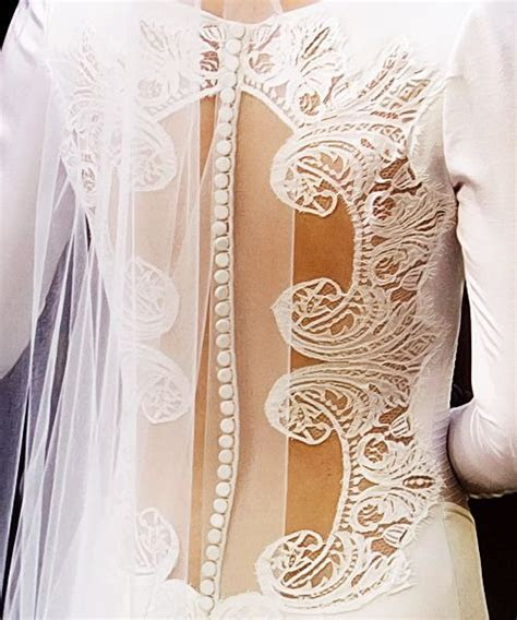 Best 25  Bella swan wedding dress ideas on Pinterest