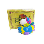 Peanuts whitmans snoopy easter airplane figure & whitmans box candy sampler 1.75 oz.