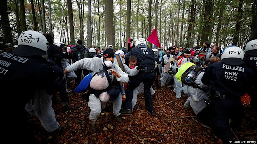 Germany: Thousands protest to save Hambach Forest | DW | 27.10.2018