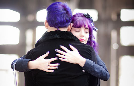You Might Be Surprised How Much a Hug Helps Fight Illness, Stress and Depression — PsyBlog