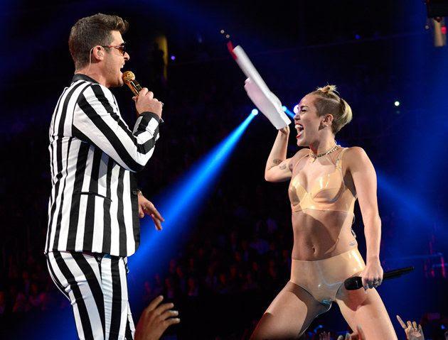 Miley Cyrus : 2013 MTV VMAs photo f46a3a05-710d-49e3-8f5e-f351cff4ec26_177675423.jpeg