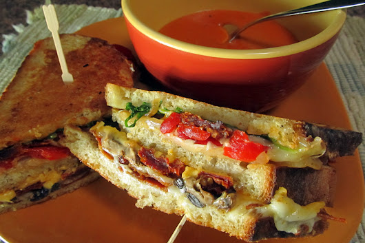 Grilled Cheese Club Sandwich - Dang Good Cookin'